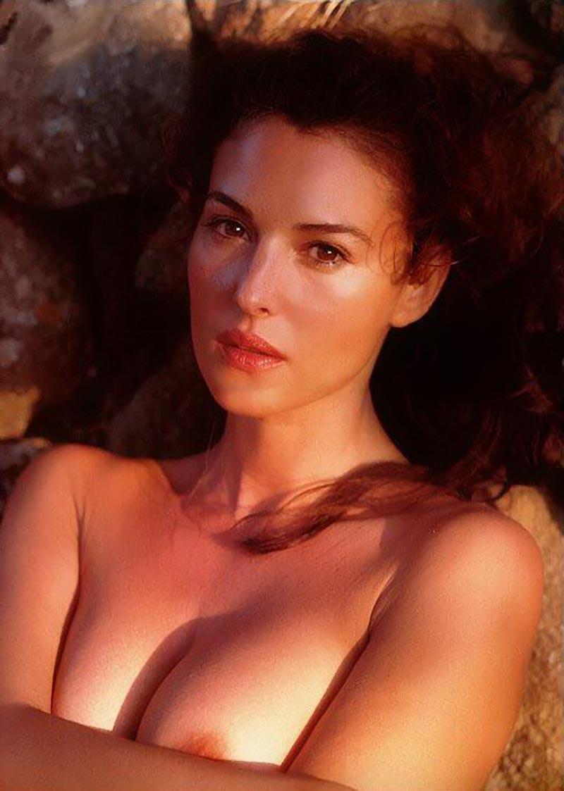 Monica Bellucci Desnuda Actriz Italiana 7