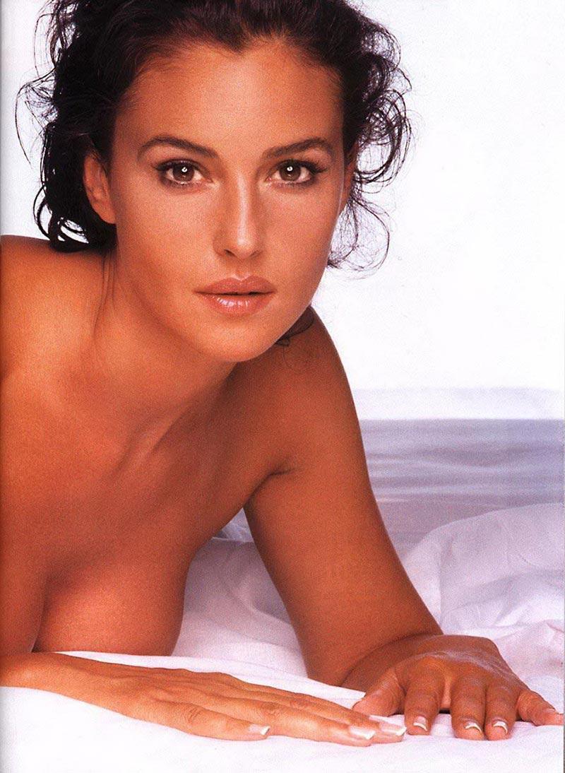 Monica Bellucci Diva Italiana Atractiva Modelo 9
