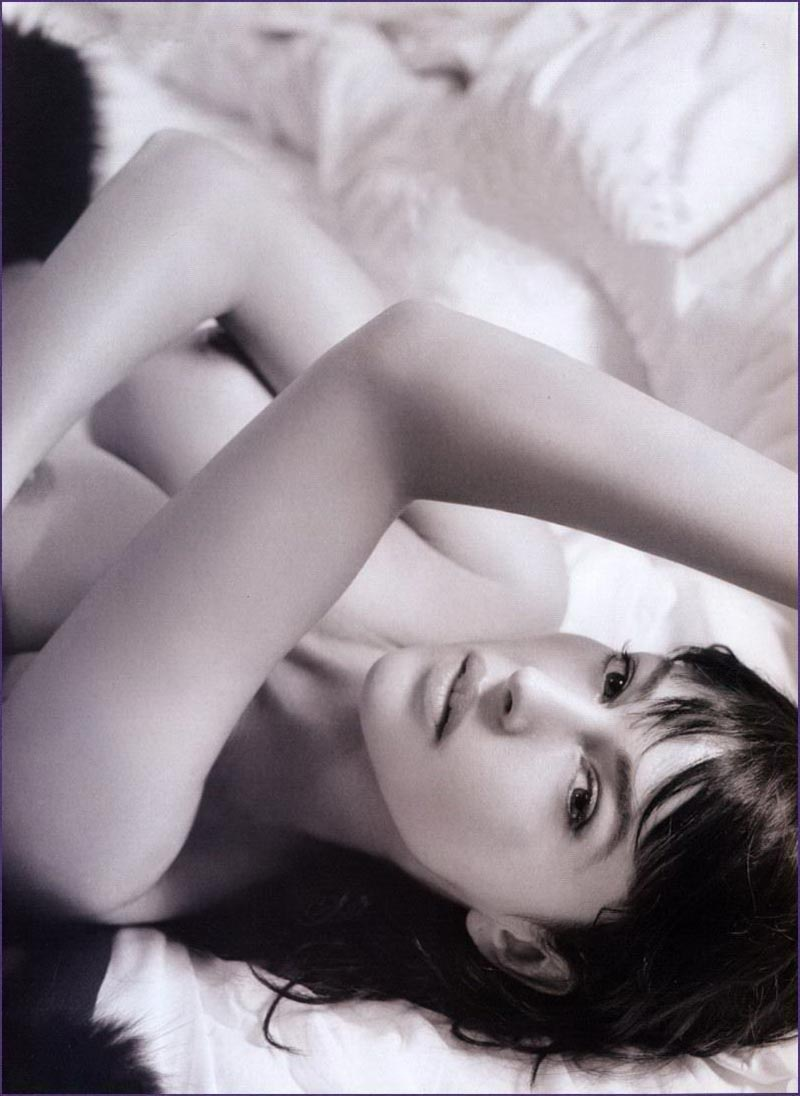 Monica Bellucci Diva Italiana Atractiva Modelo