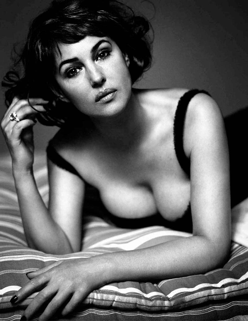 Monica Bellucci Fotos Sexys Ropa Interior 6