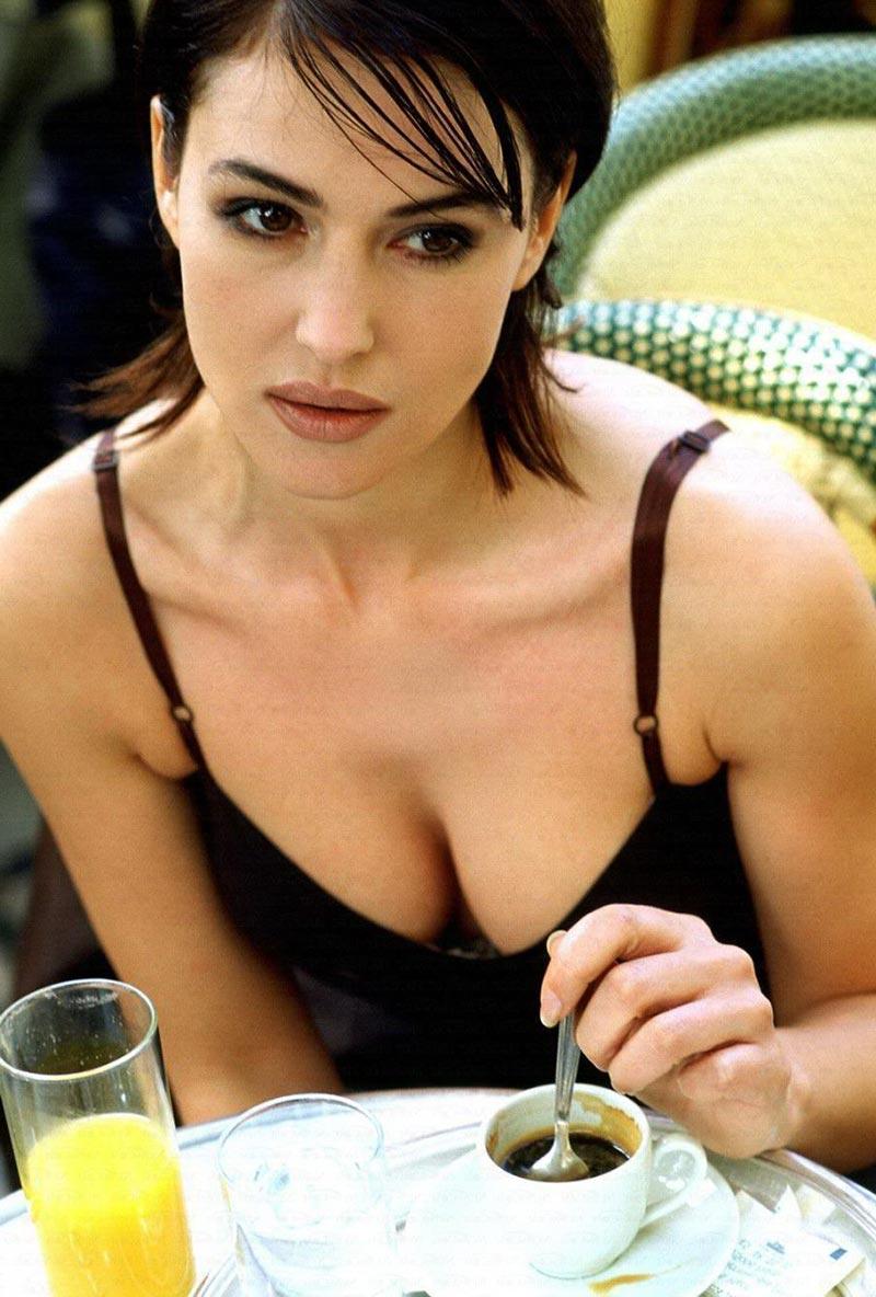 Monica Bellucci Mito Erótico Cine Italiano 2