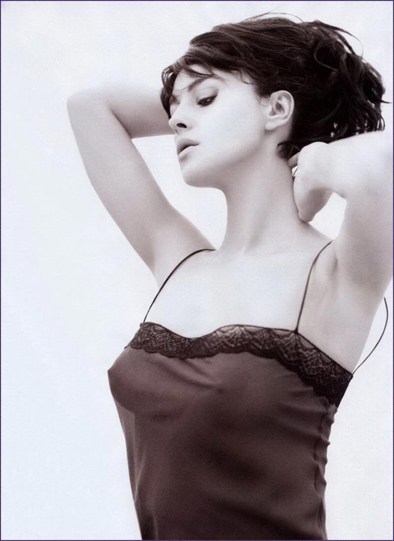 Monica Bellucci Mito Erótico Cine Italiano 3