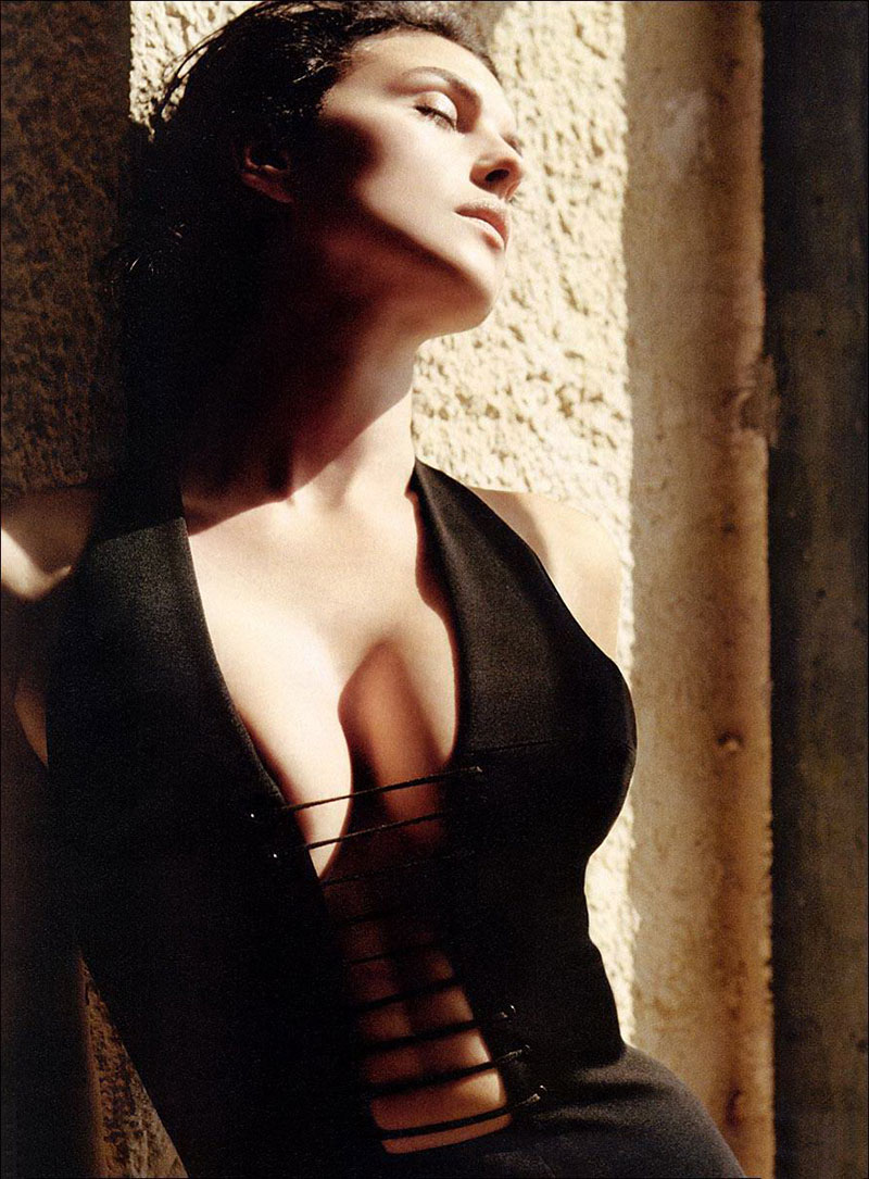 Monica Bellucci Sensual Actriz Italiana