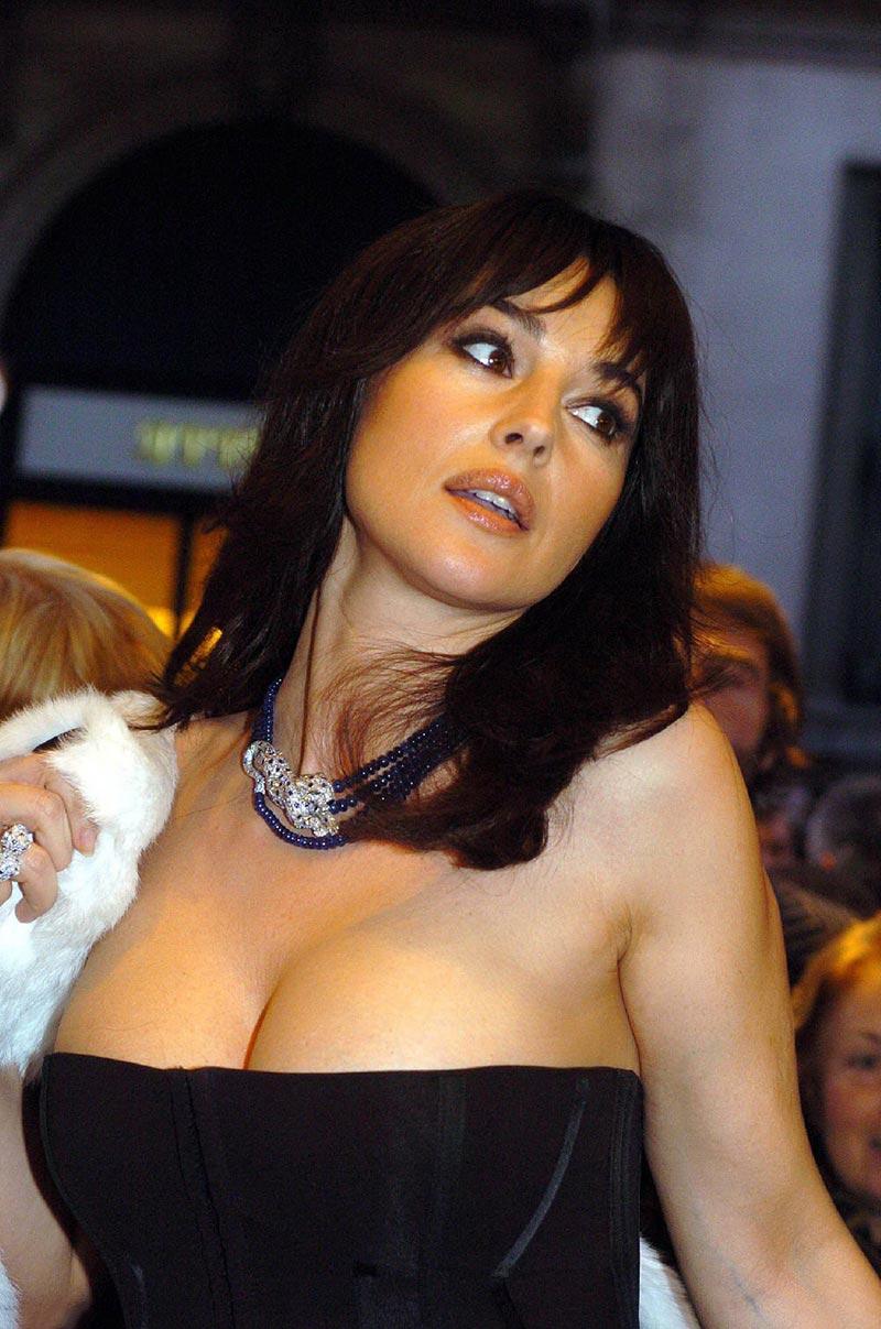 Monica Bellucci Sex Symbol Italiana 6