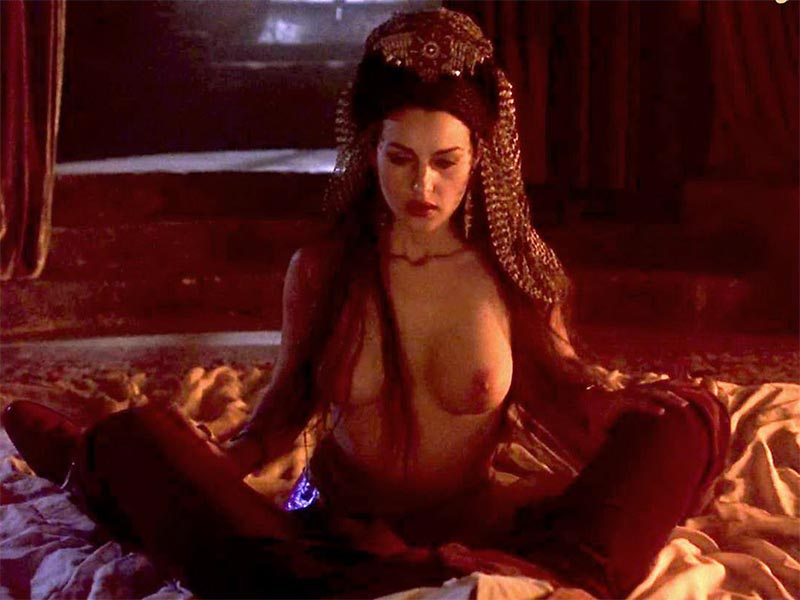 Monica Bellucci Topless Película Dracula Bram Stoker
