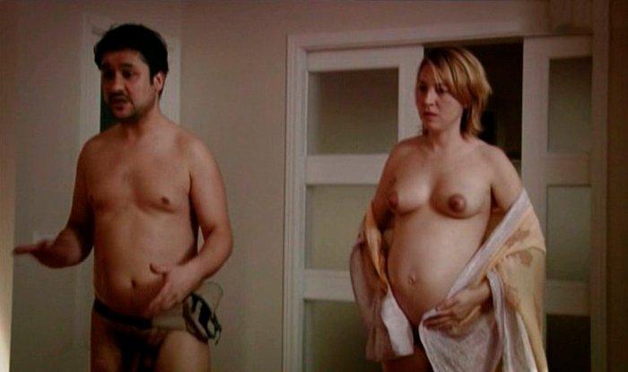 Pilar Castro desnuda embarazada