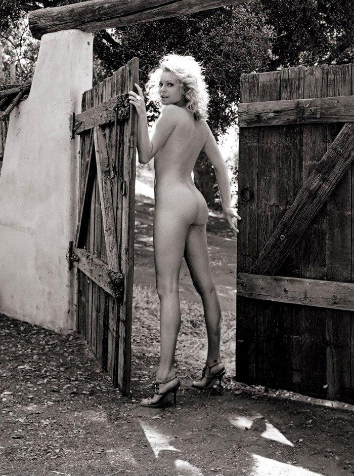 Rebecca Romijn desnuda modelo