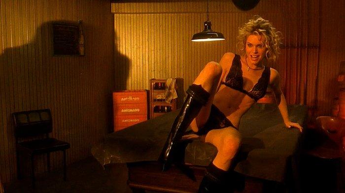 Rebecca Romijn escena sexo Femme Fatale