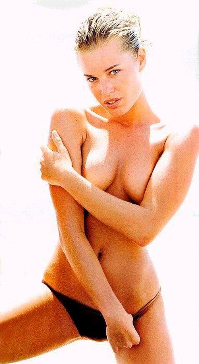Rebecca Romijn exmodelo y actriz 9
