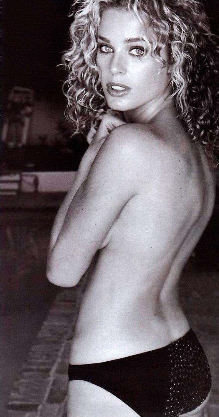 Rebecca Romijn famosa actriz mutante 3