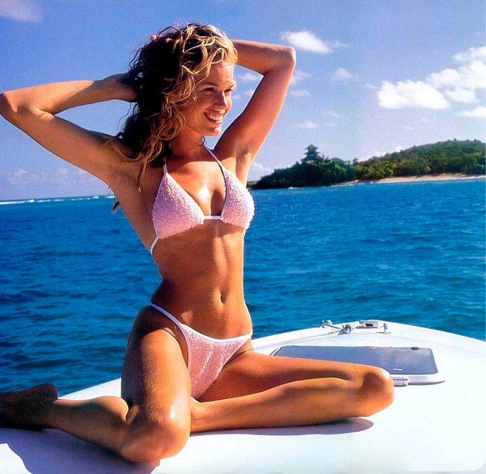 Rebecca Romijn fotos eróticas 3