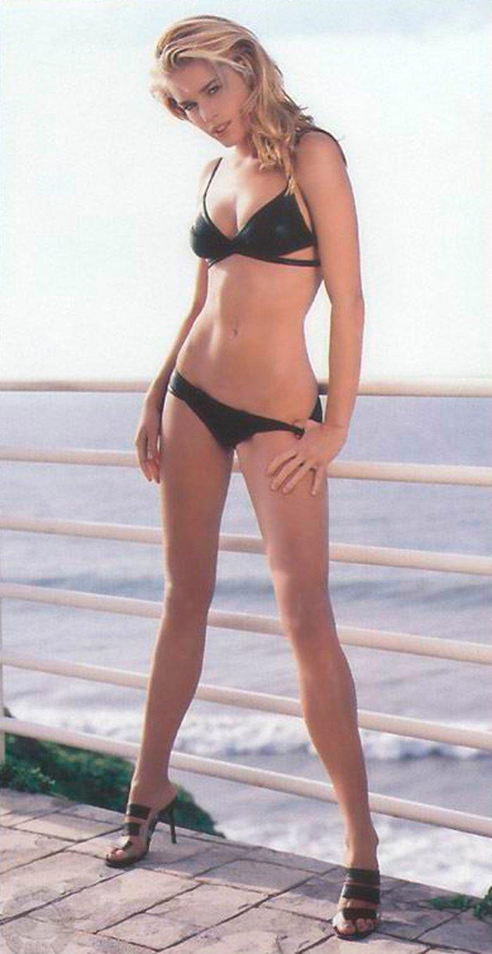 Rebecca Romijn imagen desnuda 6