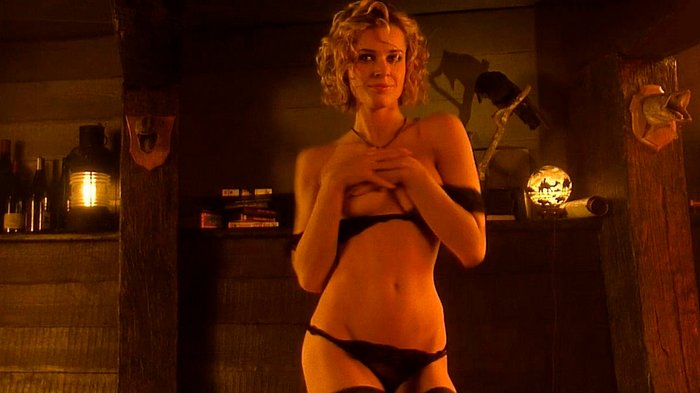 Rebecca Romijn quita ropa películas