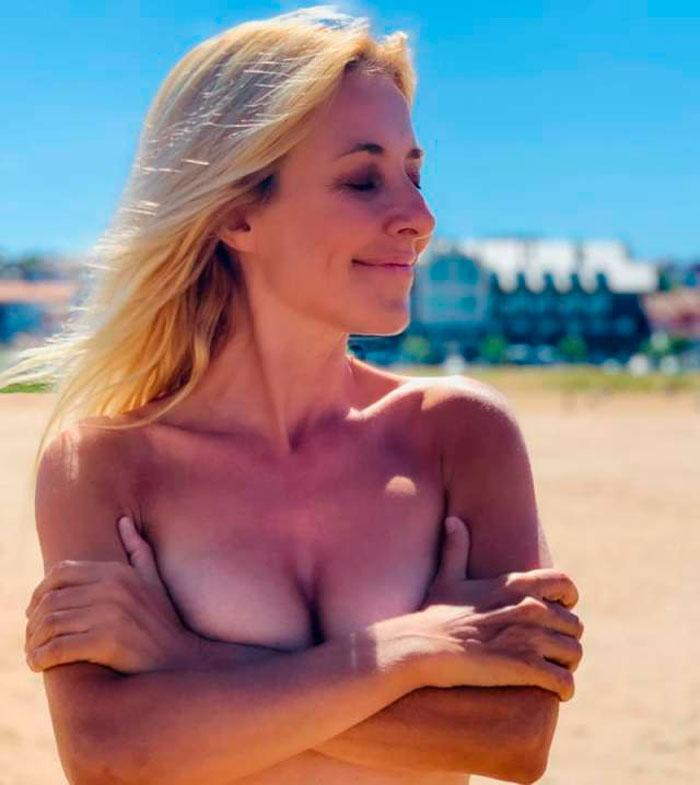 Cayetana Guillén Cuervo Topless Pillada Instagram