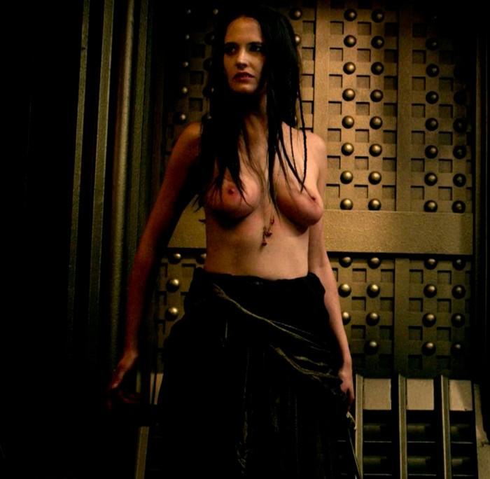 Eva Green topless 300 Origen del Imperio