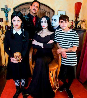 Familia Addams parodia porno