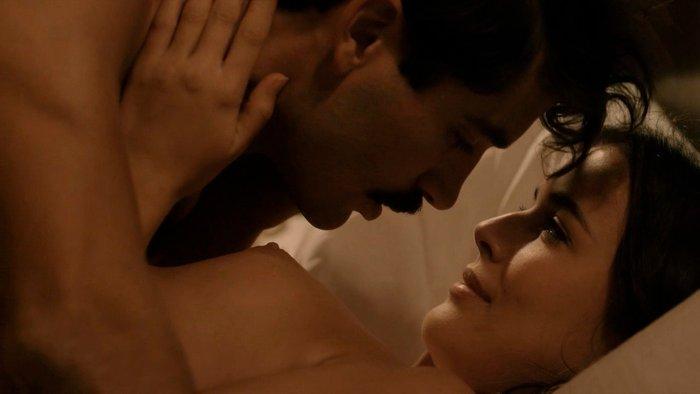 Adriana Ugarte escena sexual Habitaciones cerradas