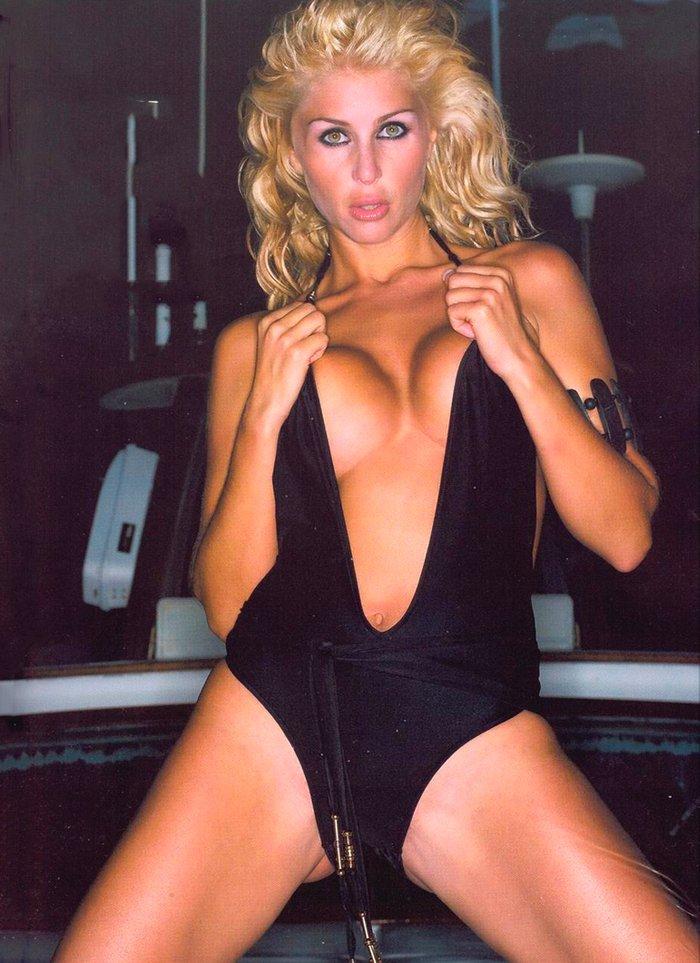 Malena Gracia bañador provocativo