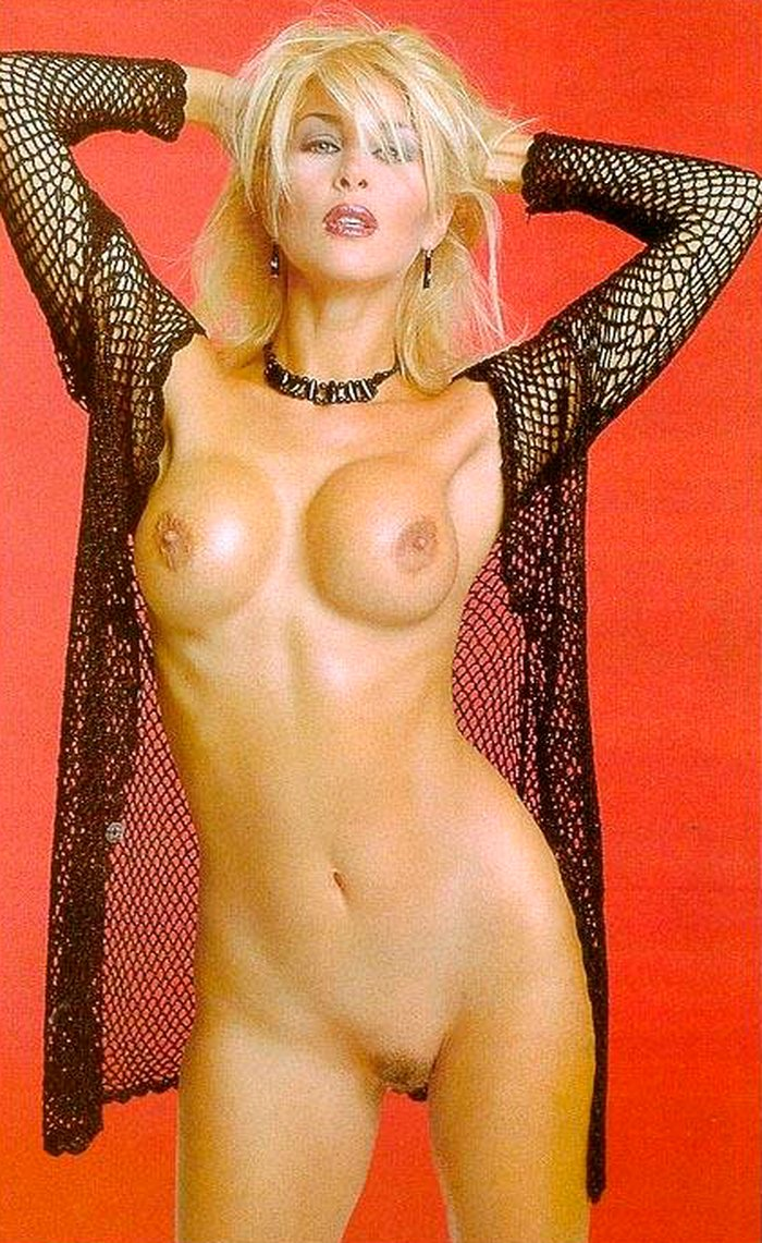 Malena Gracia famosa televisiva desnuda