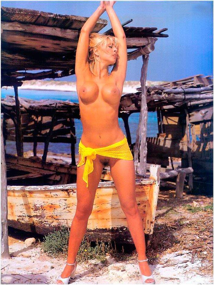 Malena Gracia fotos desnuda joven