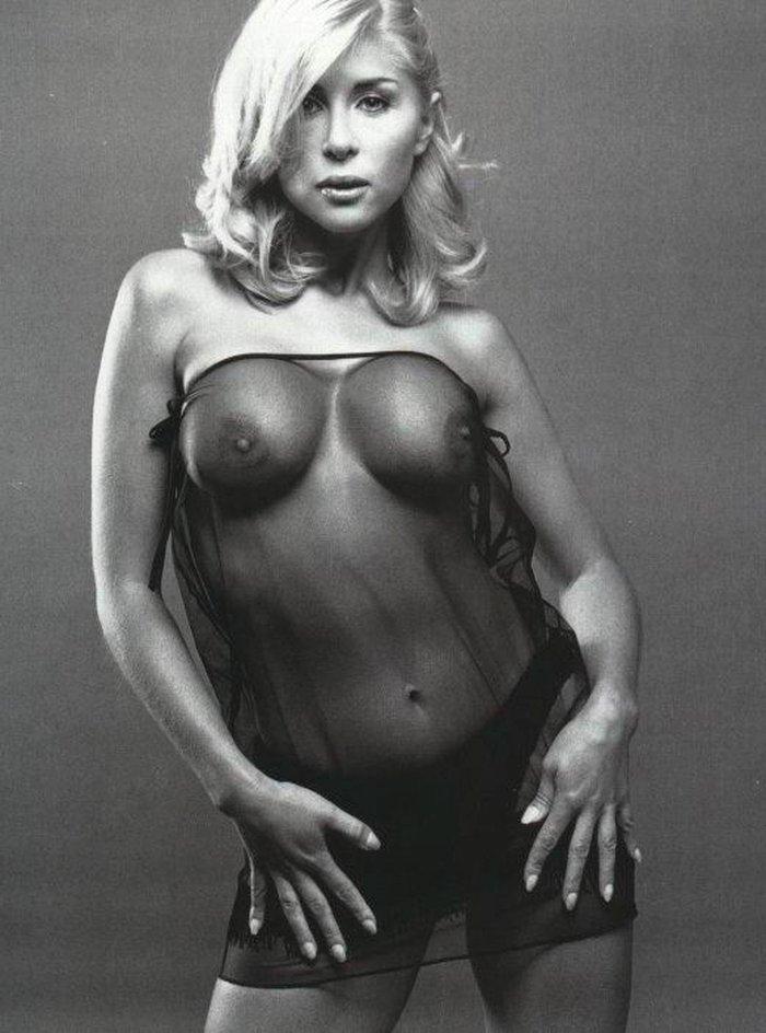 Malena Gracia fotos eróticas blanco y negro