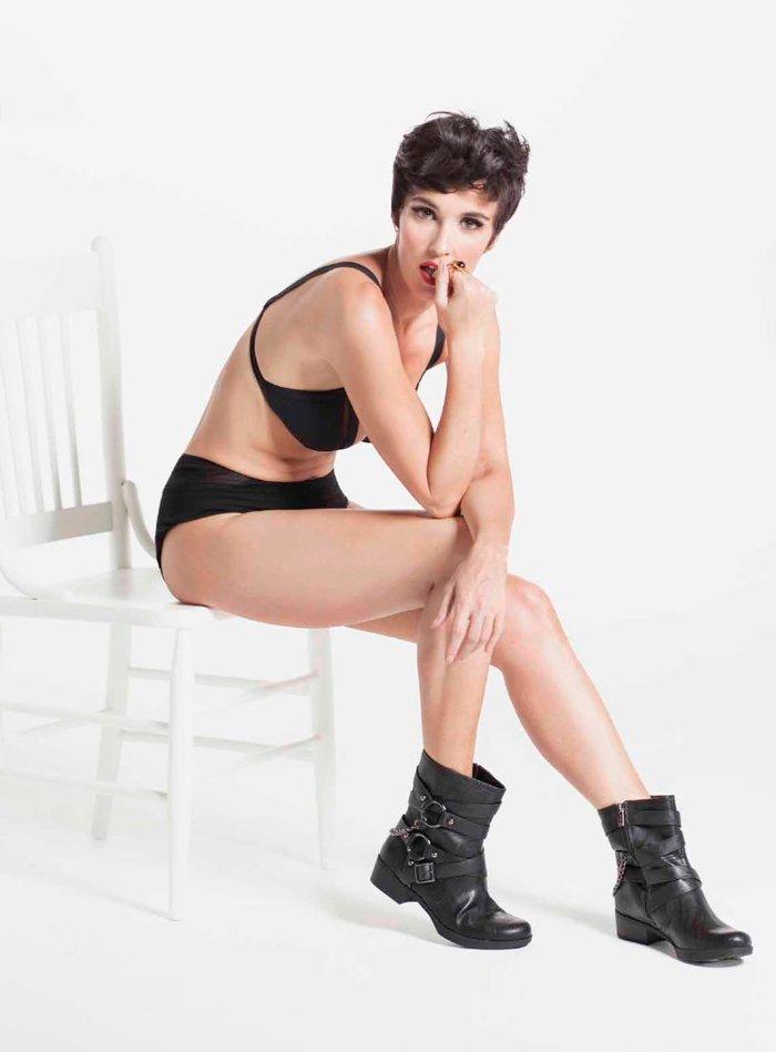 Paz Vega piernas preciosas