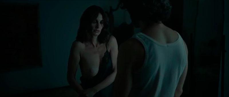 Paz Vega Topless Película Ignorancia Sangre