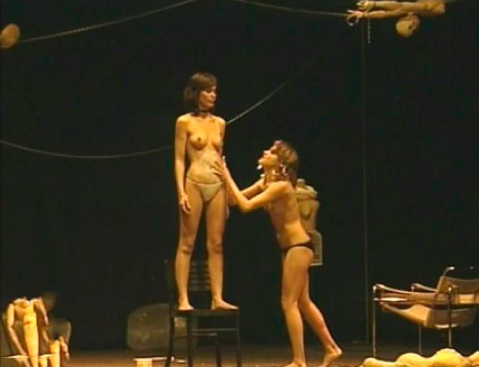 Celia Freijeiro desnuda teatro