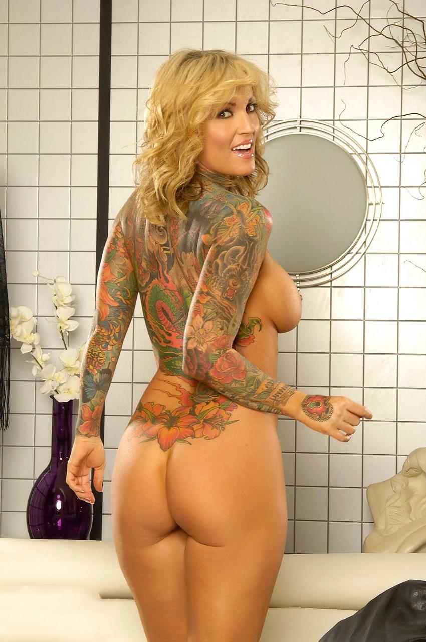Janine Lindemulder tatuajes