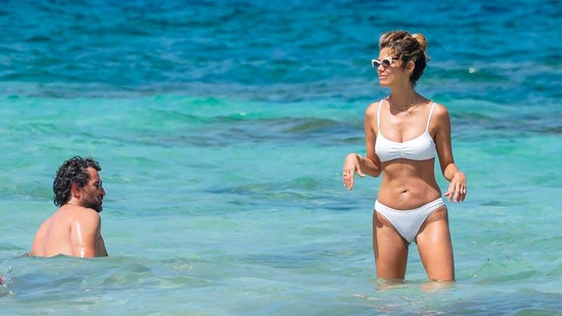 Juana Acosta Bikini Mar 6