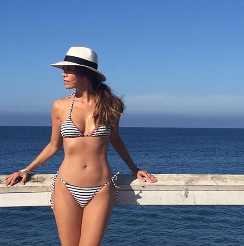 Juana Acosta Bikini Mar 8