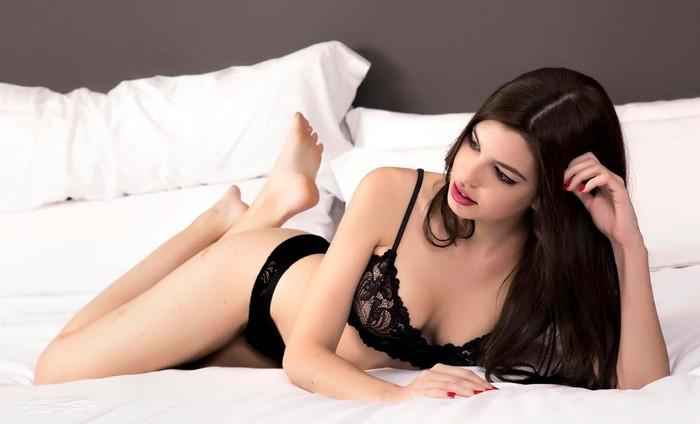 Andrea Gasca posado erótico lencería