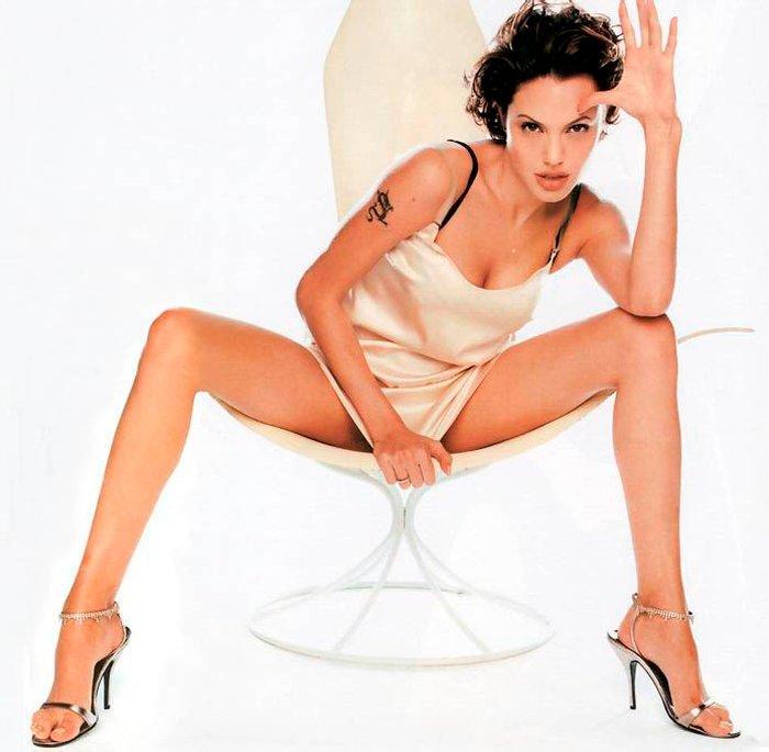 Angelina Jolie fotos sexys lencería 2