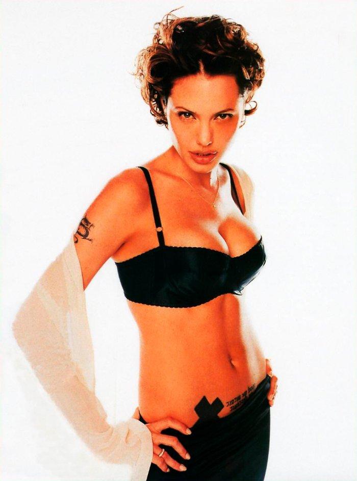 Angelina Jolie fotos sexys lencería 3