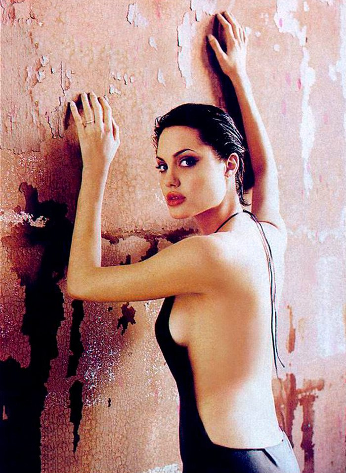 Angelina Jolie fotos sexys lencería 7