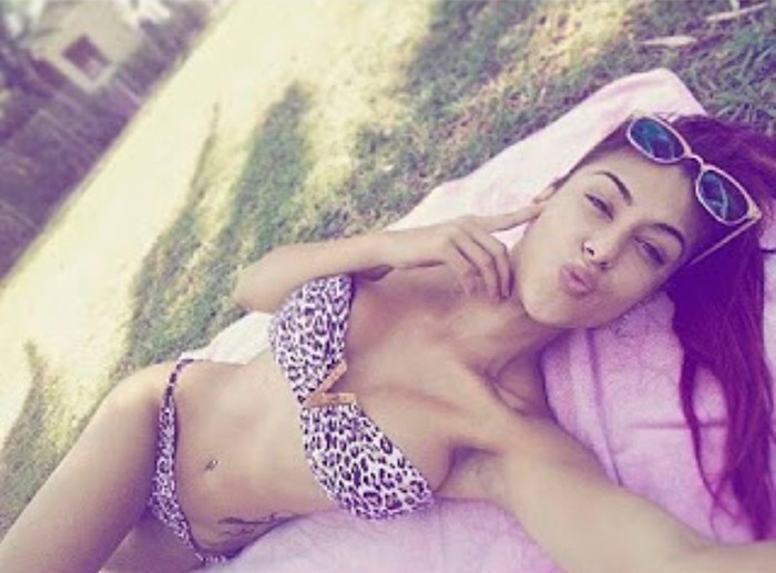 Beatriz Retamal bikini sexy