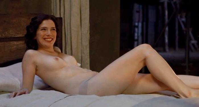 Diana Gómez sexy posado tetas