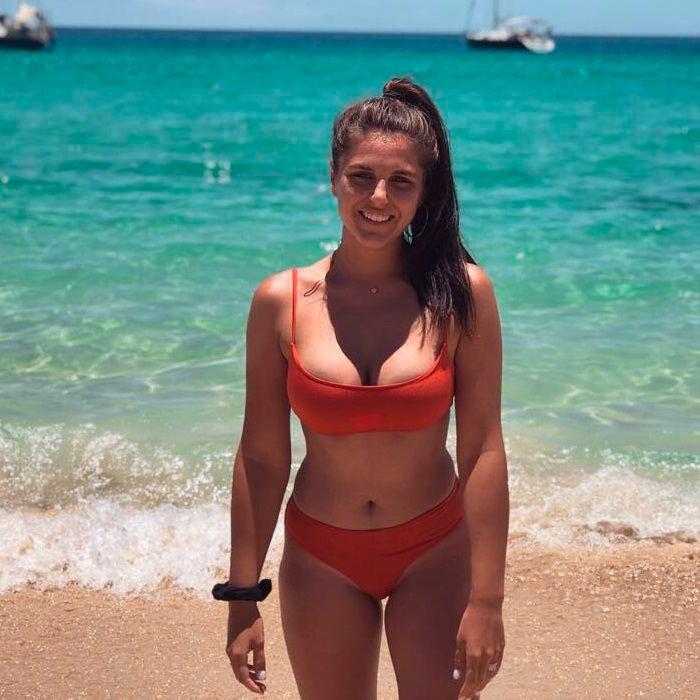 Ivana Icardi desnuda espectacular cuerpo
