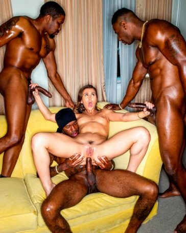 Paige Owens primer triple interracial