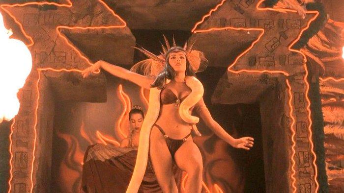Salma Hayek bailarina sexy desnuda Abierto hasta Amanecer