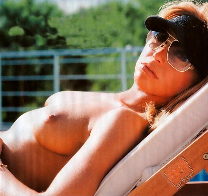 Sonia Arenas topless salida Gran Hermano
