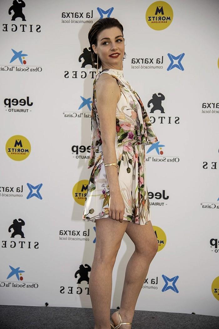 Carmen Climent sesión fotográfica vestido provocativo