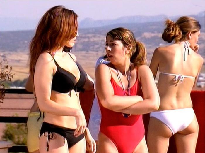 Isabel Pintor bikini público