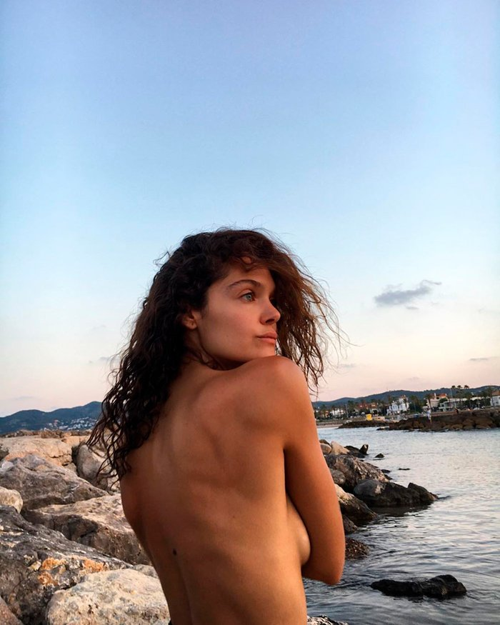 Ana Rujas Topless pechos 3