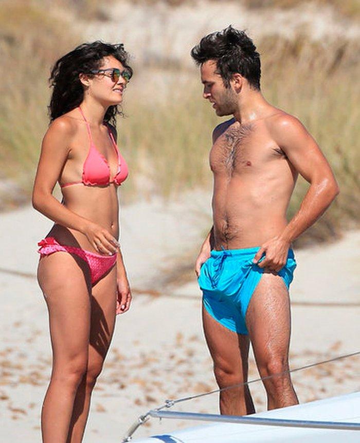 Ana Rujas bikini playa novio Ricardo Gómez