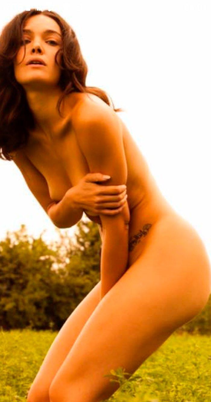 Ana Rujas cuerpo al desnudo explícito