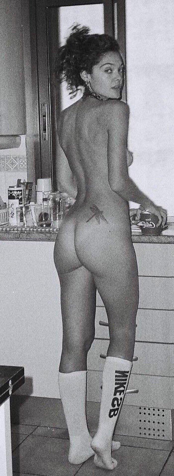 Ana Rujas culo desnudo completamente