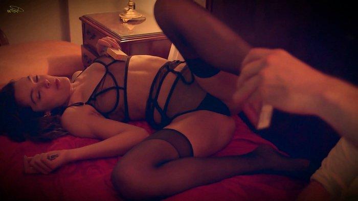 Ana Rujas escenas sexuales película Diana 2