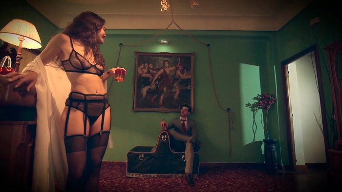 Ana Rujas lencería erótica película Diana Alejo Moreno