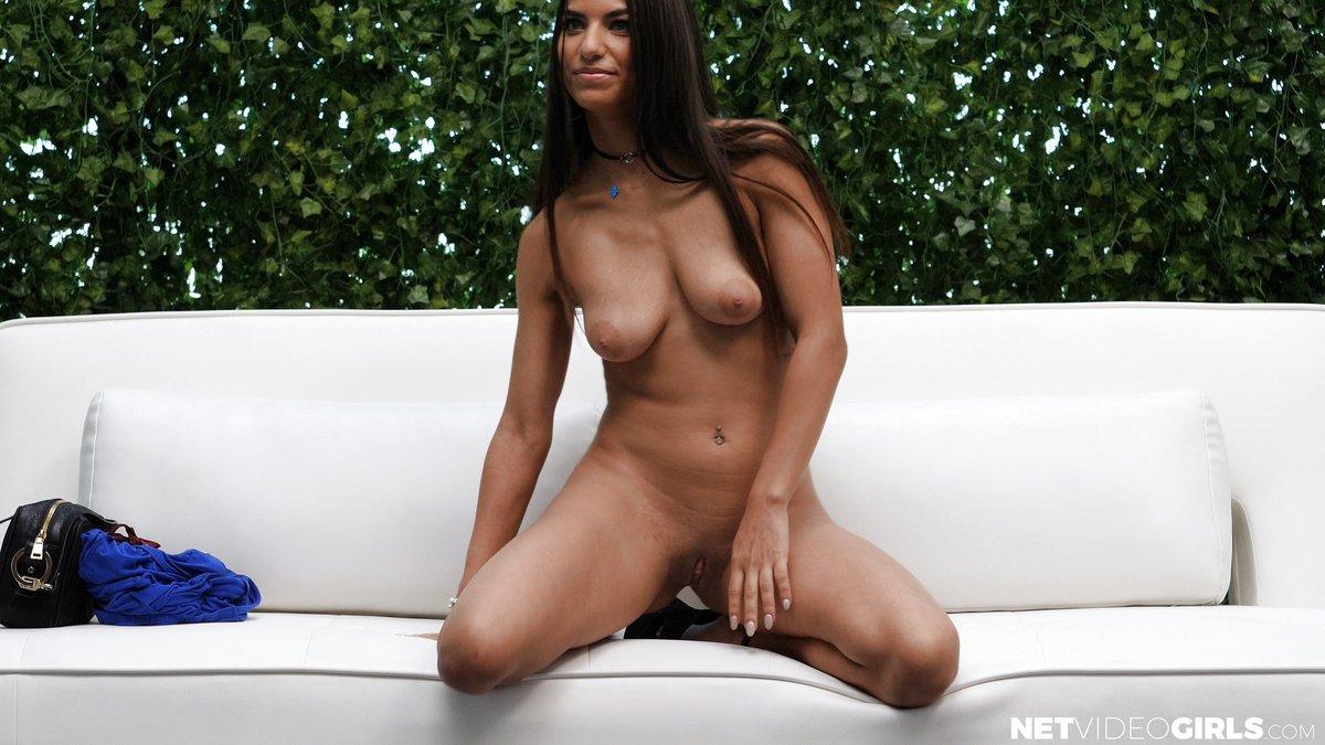 Daniella Vioti casting porno Net Video Girls 2